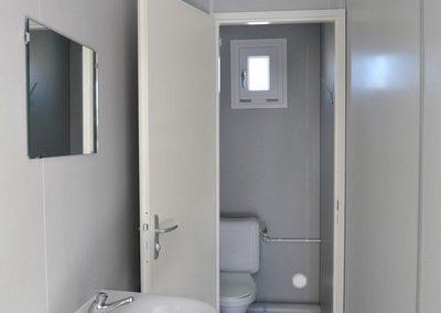Vue intérieure du module sanitaire autonome ASHFK - Locasix