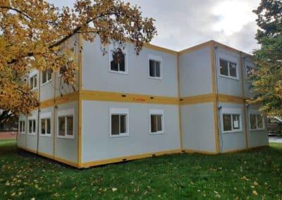 Assemblage de modules habitables pour une école
